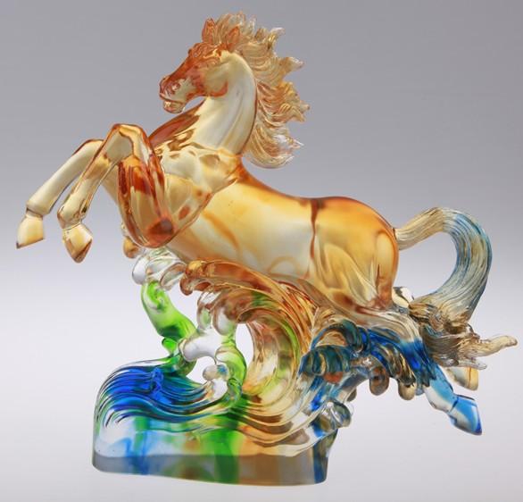 琉璃的呼吸,这是琉璃艺术领域的共识.古法琉璃的真伪鉴别: